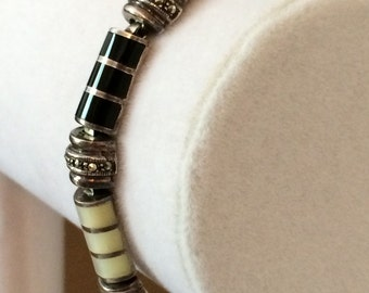 Sterling Silver Mother Of Pearl And Black Onyx Bracelet 7 1/4""