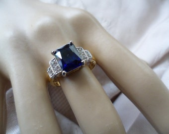 Antique Art Deco vintage Gold Ring with Sapphire blue and white stones ring size 8