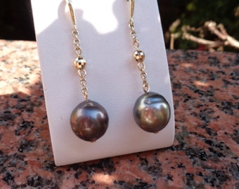 Gold Earrings, gold 585 with Tahiti Pearl and sparkly Pearl