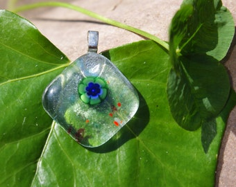 Flower fused glass pendant