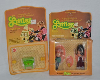 The Littles die cast Drop Leaf Table and family MOC Mattel 1980