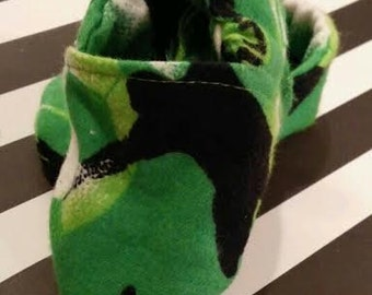 Green Soccer Baby Booties/Slippers/Shoes