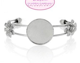 3 silver bracelets 2 flowers lens 25mm