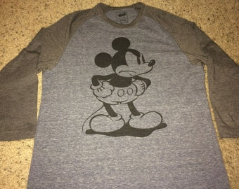 Sale!! Vintage Old Navy Collectabilitees Disney T-Shirts MICKEY MOUSE Tee