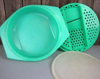 3 Piece Grater Shredder Bowl Set – Vintage Tupperware 786 787 230 Jade Green