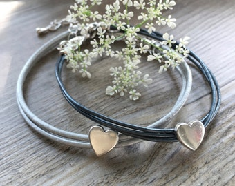 Silver Heart Leather Friendship Bracelet 'A Friend Loves at all Times'