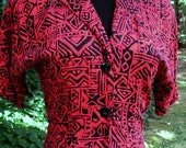 RED Black DRESS, Retro Button Down Midi, Vintage Duster, Rayon TRIBAL Print, boho grunge hipster, 80s/90s, short sleeves, pockets, Small /xS