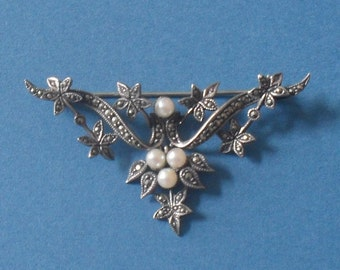Art Nouveau 925 Silver and Pearl brooch c1910