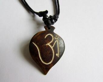 Adjustable Wax cord Om Ohm Aum Namaste Yak bone necklace handmade hand carved Unisex Tribal bone beads Yoga Yogi Free UK Delivery G2D17