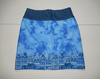 Amsterdam's canal houses, Dutch, print, clouds, A-line skirt, blue white, size EU 38/40 (USA 8/10 - UK 10/12), cotton, jeans, lining, lace