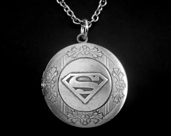 Superman Locket -Superman Photo Locket -Super Hero Locket Necklace -Wedding Jewelry -Gift for Bridesmaid