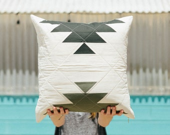 Pineapple Pillow - Forest