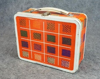 Vintage World Art Checkered Lunch Box C. 1950'S-60'S