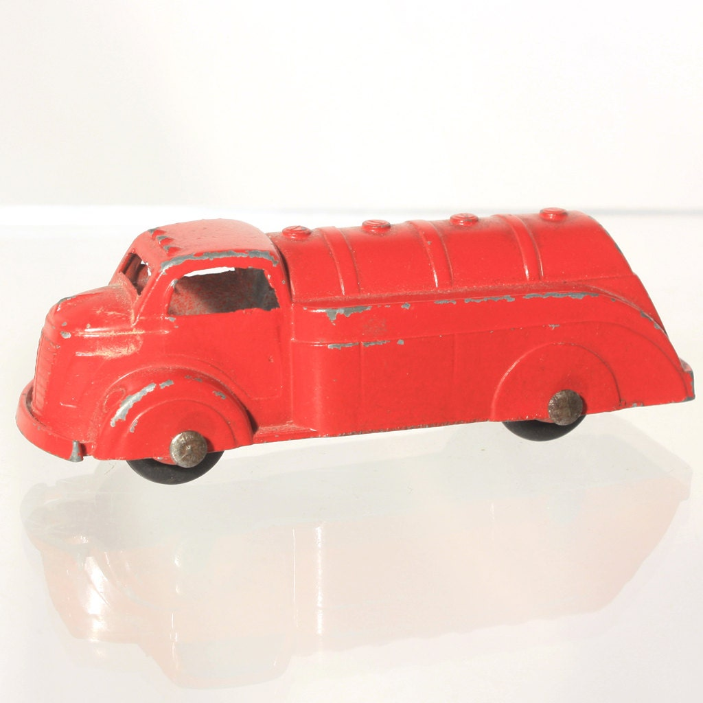 TootsieToy Fuel Truck Red Gas Truck Gas Oil Tanker Red