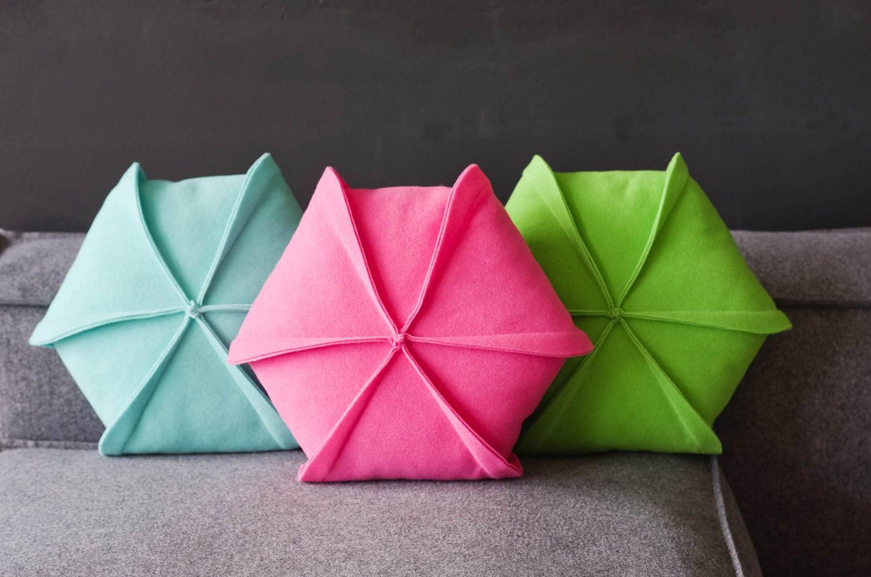 Modern Felt Pillows : Decorative Pillow /Throw Pillow /Wool Felt Pillow / Living