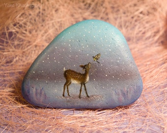 Baby deer (Oil painting on a stone)
