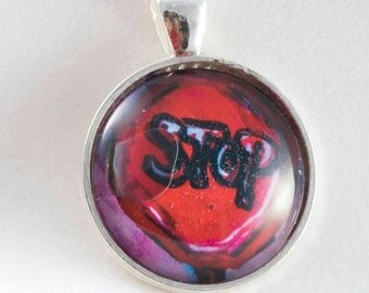 Stop pendant Collection signs melaniebernard.com