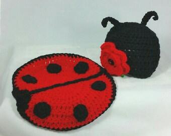 Crochet Newborn Ladybug  Photo Prop set with Ladybug Hat Baby Shower Gift