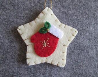Felt Christmas Ornament, Christmas ornament; Felt ornament; Handmade; Christmas home decor; Ornament for Christmas Tree.