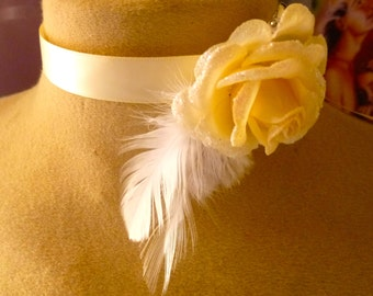 Necklace ivory rose wedding and feathers