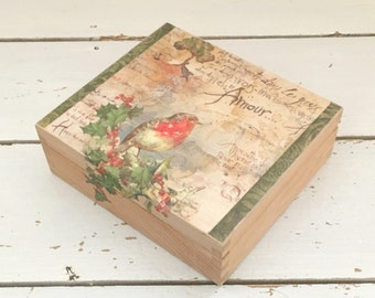 Christmas Robin Decorated Box, Christmas Decor, Christmas Decorations, Winter decorations, Christmas Decoupage Box, Holiday Decor, Wood Box