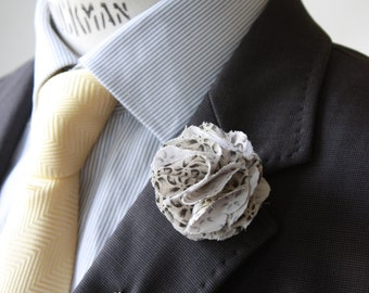 Lapel Pin - boutonniere - Grey and off White printed Flower - men lapel pin, boutonniere, Dapper Men, Dandy, Wedding Groom