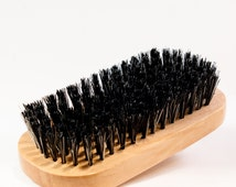 Beard Brush   Mens Grooming   Natural Boar Bristles   Wooden Body   Perfect for a wide range of beard lengths   Gift   Reduce Static