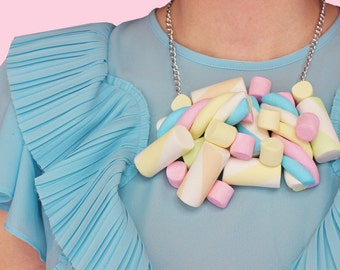 Marshmallow Candy Food Sweet Pastel Baby Pink Necklace Candy necklace Food necklace Accessoires Jewelry Rommydebommy Kawaii Art Design Fun