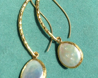 Bronze earrings with Pearl