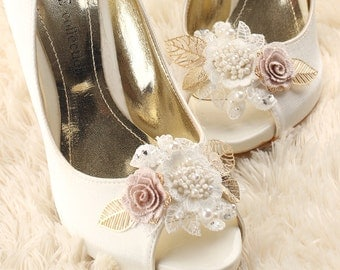 wedding shoe clips, bridal shoe clips, white shoe clips, bridal shoes clips, wedding shoes clips, lace shoe clips, flower shoe clips
