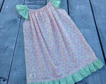 Size 2 Flutter Sleeve Dress