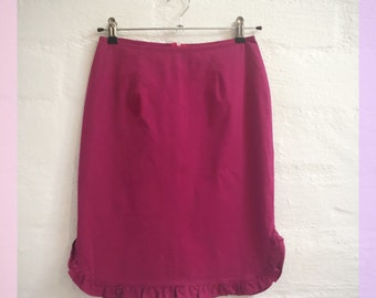 Late 90s dark pink pencil skirt with bottom ruffle. Size AU 10.