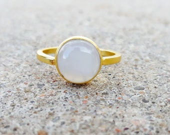 Moonstone Ring - Rainbow Moonstone Jewelry - Gemstone Ring - Gold Ring - Moonstone Engagement Ring - June Birthstone Ring