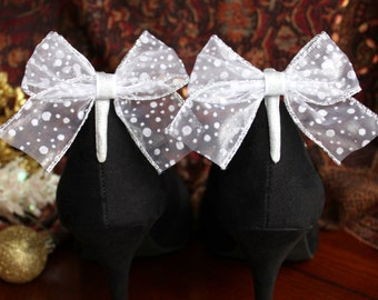 Cute Snow Fall Pattern with Silver Detail Ribbon Boot Clip