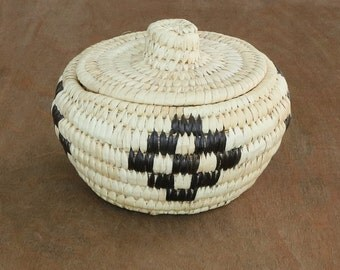 Native American, Woven Basket, Vintage Tohono O'odham Basket, Vintage Papago Basket,Native American Basket,Woven Baskets,Native American Art