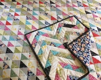 Coming soon...HST quilt and BONUS mini!