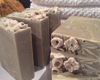 GREEN GODDESS SOAP....With Fresh Puréed Avocado, Aloe, Mango, Shea, And Cocoa Butter....Soothing Comfrey, Coconut Milk