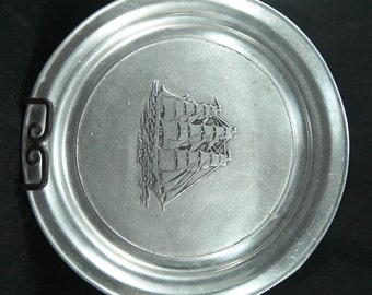 Collectible Armetale Plate Featuring A Full Sail Clipper Ship     01146