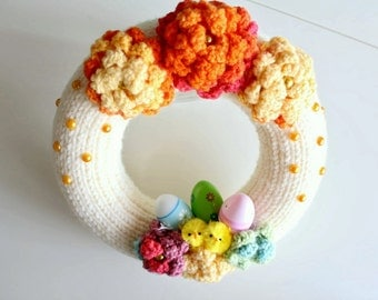 Easter wreath, White knit wreath, Easter Decor, chicks wreath, Spring door decor, Crochet flower wreath
