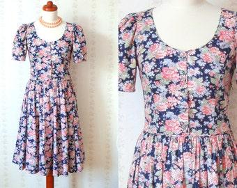 Laura Ashley Vintage Summer Multicoloured Floral Tea Dress / EU 36 / UK 8