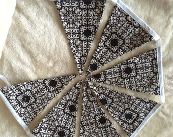 Black and white vintage bunting