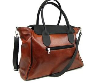 LEATHER MESSENGER BAG, Laptop Bag, Crossbody leather bag, Leather shoulder bag, Handmade Bag, Women's Handbag, Weekender Bag