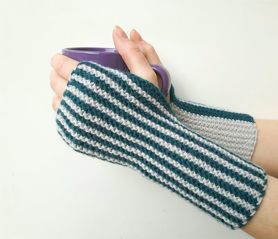 Knitting Patterns For Beginners Arm Warmers : Knit hand warmers knitted arm warmers hand knit by SoftKnitsHome