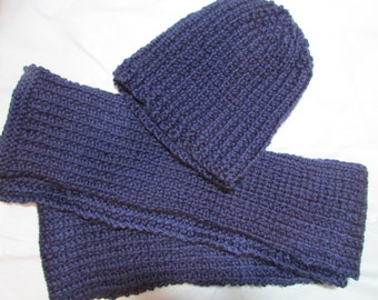 Plum knit hat and scarf set