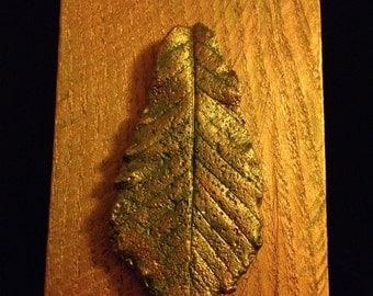 Sacred Oak Leaf Casts ~ Wall mounted leaf casts ~ Desk top leaf casts ~ One-of-a-kind leaf casts ~ Historic Native American Healing Tree