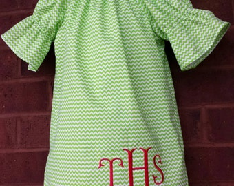Girls Peasant dress / Monogrammed dress / Girls Peasant dress / boutique dress / girls clothing / boutique clothing