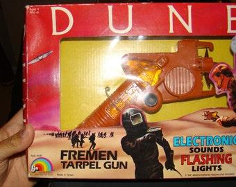 Dune Fremen Tarpel gun electronic sci fi space pistol Boxed 1984