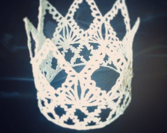 The White Queen Crown