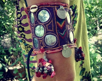 ARMBAND TRIBAL ethnic, hippie boho