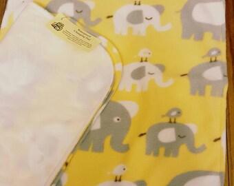 Changing pad * Reversible * Waterproof * White & Grey Elephants